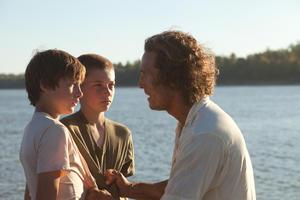"Tye Sheridan, Jacob Lofland and Matthew McConaughey in ""Mud."""