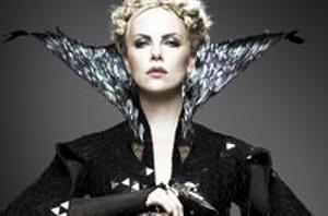 Daily Recap: Kristen Stewart, Charlize Theron 'Huntsman' Showdown and Catherine Zeta-Jones Joins 'Red 2'