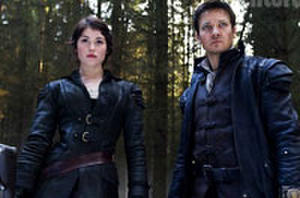 First Look: Jeremy Renner and Gemma Arterton are 'Hansel & Gretel: Witch Hunters'