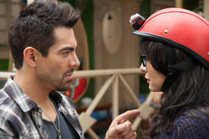 Check out the movie photos of 'No manches Frida'