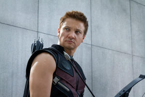 News Briefs: Jeremy Renner Wants a 'Hawkeye' Movie; Will Smith and Margot Robbie in First 'Focus' Trailer