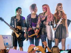 First Look: New 'Jem and the Holograms' Images Rock Out, '80s-Style