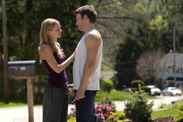 "Jennifer Morrison as Tess and Joel Edgerton as Brendan ""Warrior."""