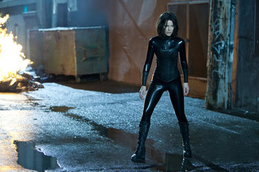 "Kate Beckinsale ""Underworld Awakening."""