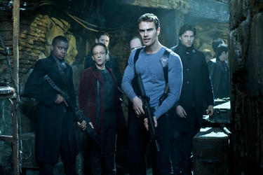 "Theo James in ""Underworld Awakening."""