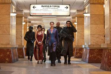 "Li Bing Bing as Ada Wong, Michelle Rodriquez as Rain, Sienna Guillory as Jill Valentine, Colin Salmon as One and Oded Fehr as Carlos in ""Resident Evil: Retribution."""