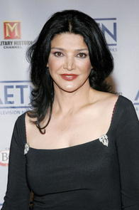 Shohreh Aghdashloo Picture