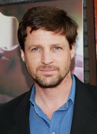 Tim Guinee Picture