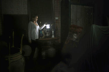Elizabeth Olsen as Sarah in ``Silent House.&#39;&#39;