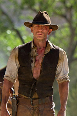 Daniel Craig as Jake Lonergan in &quot;Cowboys and Aliens&quot;