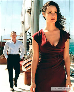 "Daniel Craig and Berenice Marlohe in ""Skyfall."""