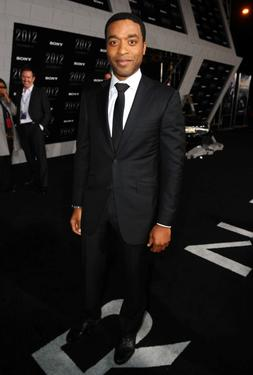 "Chiwetel Ejiofor at the California premiere of ""2012."""