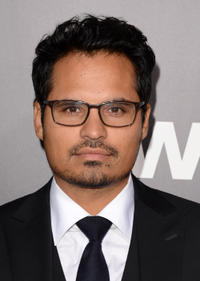 Michael Peña Picture