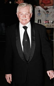 Derek Jacobi Picture