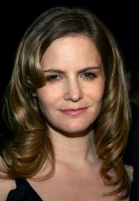 Jennifer Jason Leigh Picture