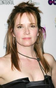 Lea Thompson Picture