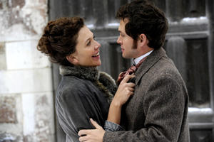 Maggie Gyllenhaal as Charlotte Dalrymple and Hugh Dancy as Dr. Mortimer Granville in ``Hysteria.&#39;&#39;
