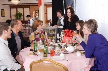 "Zach Gilford, Michael Keaton, Carol Burnett, Director Vicky Jenson, Alexis Bledel and Jane Lynch in ""Post Grad."""