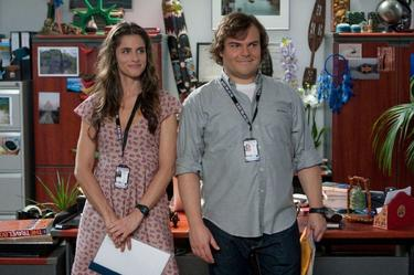 "Amanda Peet as Darcy Silverman and Jack Black as Lemuel Gulliver in ""Gulliver's Travels."""