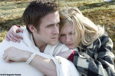 Ryan Gosling as David and Kirsten Dunst as Katie in ``All Good Things.''