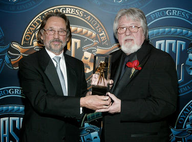 Vilmos Zsigmond and cinematographer Laszlo Kovacs at the 16th Annual Awards in California.