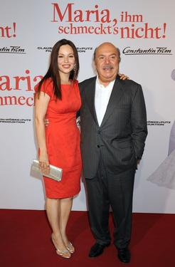 "Mina Tander and Lino Banfi at the world premiere of ""Maria, Ihm Schmeckt's Nicht!"""