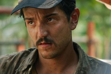 "Diego Luna as Beto in ""Rudo y Cursi."""