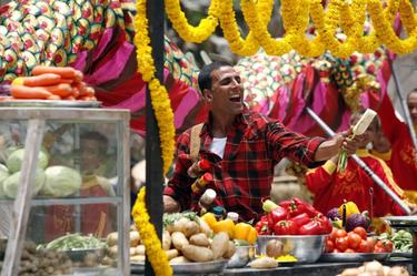 "Akshay Kumar as Sidhu in ""Chandni Chowk to China."""