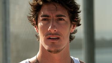 "Eric Balfour in ""Skyline."""