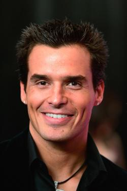 Antonio Sabato, Jr. at the 22nd annual Macy's Passport 04 evolution/revolution.
