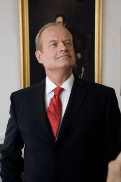"Kelsey Grammer in ""Swing Vote."""