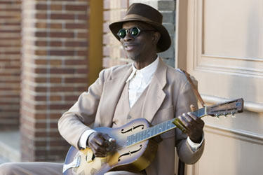"Keb Mo in ""Honeydripper."""