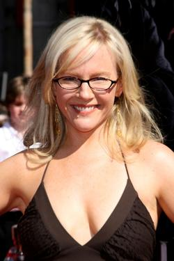 "Rachael Harris at the U.S. premiere of ""Harry Potter And The Order Of The Phoenix."""