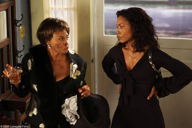 "Vera (Jenifer Lewis) Brenda (Angela Bassett) in ""Meet the Browns."""