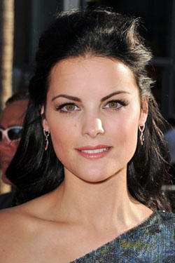 "Jaimie Alexander at the premiere of ""Thor."""