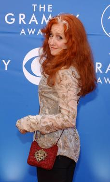 Bonnie Raitt at the 44th Annual Grammy Awards.
