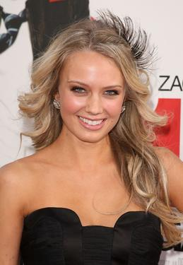 "Melissa Ordway at the premiere of ""17 Again."""