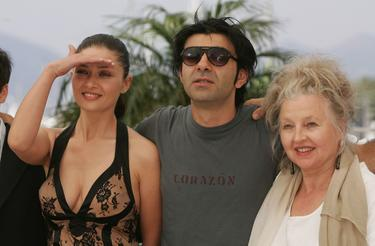 "Hanna Schygulla, Nurgul Yesilcay and Fatih Akin at the photocall promoting the film ""Auf Der Anderen Seite"" at the Palais des Festivals during the 60th International Cannes Film Festival."