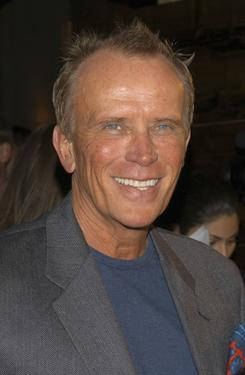 "Peter Weller at the Finale party for ""Star Trek: Enterprise."""