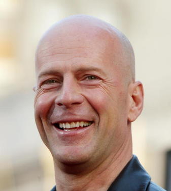"Bruce Willis at the ""The Whole Ten Yards"" premiere."