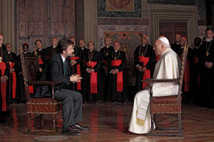 Nanni Moretti as Lo psicoanalista and Michel Piccoli as Il papa in ``We Have a Pope.''