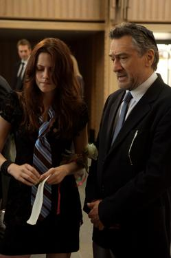 "Kristen Stewart and Robert De Niro in ""What Just Happened?"""
