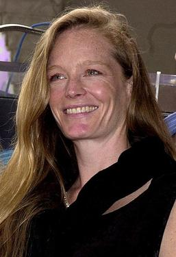 Suzy Amis at the Hollywood Walk of Fame.
