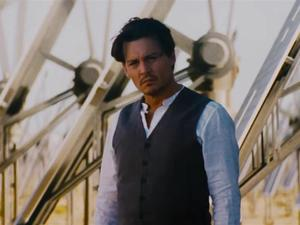 Transcendence - Johnny Depp Is About to Destroy Humanity?