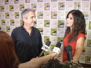Comic-Con Exclusive: Gravity - Alfonso Cuaron, Sandra Bullock Interview