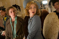 Frances McDormand and Amy Adams in