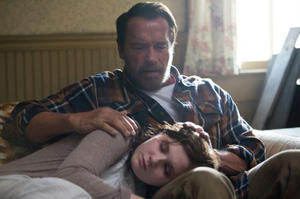 News Briefs: First Look at Arnold Schwarzenegger's Zombie Drama 'Maggie'