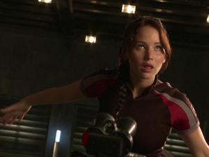 The Hunger Games: Jennifer Lawrence On Big Budget Vs. Indie Films (Bonus Clip)
