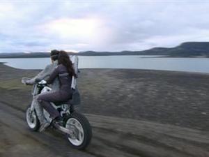 Oblivion: On The Set-Jack's Moto Bike (Featurette)