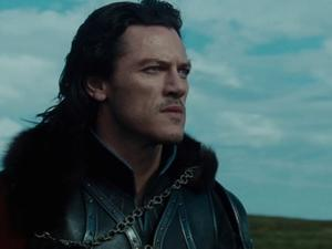 Dracula Untold: Mehmed's Men Come For Vlad's Son